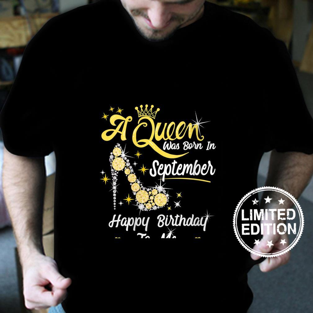 Womens Queen was Born in September Cute Happy Birthday Shirt
